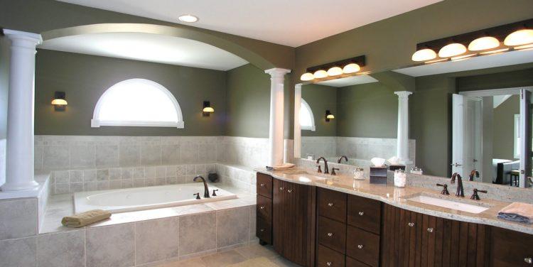 Естественное освещение в ванной комнате