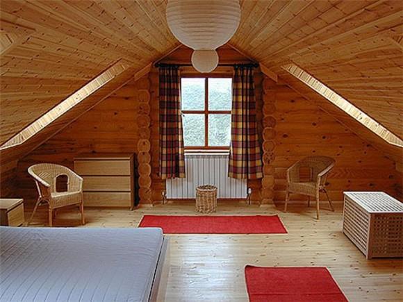 Жилая комната на чердаке
