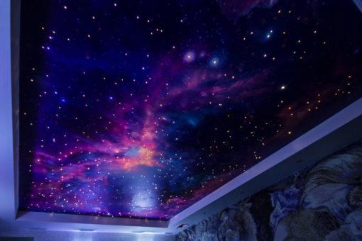 Потолок со звездным небом