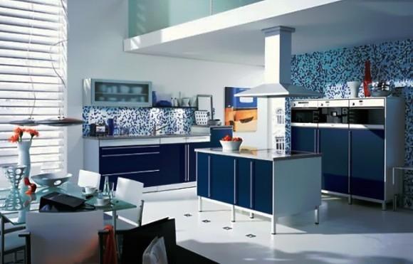 Синий цвет в кухонном интерьере